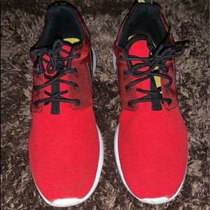 Running Sneakers / Workout Sneakers